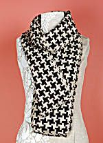 Image of Loom Woven Houndstooth Scarf