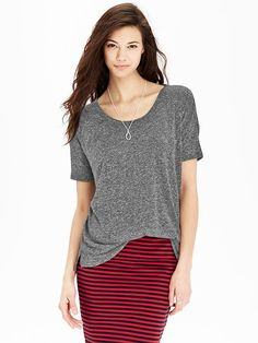 Women's Linen-Blend Boyfriend Tees Product Image
