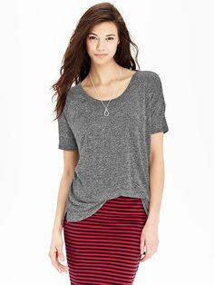 Women's Linen-Blend Boyfriend Tees Product Image