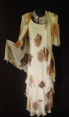 CATTIVA (NEW YORK), Cream and shades of Brown, Floral, Layered Dress and Jacket, size UK14/16, suitable for Mature Bride, Mother of the Bride/Groom, Wedding Guest, Races or any Special Occasion