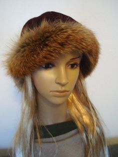 Early madieval hat, based on found form Birka, round hat with fox fur  woolen cap, perfect for historical reenactors of Vikings