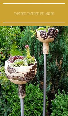 Most up-to-date Photos clay pottery planters Suggestions Töpferei Töpferei Pflanzer / Succulent Terrarium, Succulents Garden, Garden Pots, Garden Fire Pit, How To Make Terrariums, Flower Planters, Ceramic Planters, Flowers Nature, Chelsea Flower Show
