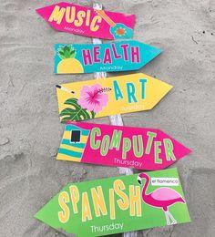 Classroom Welcome Boards, Back To School Bulletin Boards, First Grade Teachers, First Grade Classroom, Classroom Design, Classroom Themes, Island Theme, Hawaiian Decor, 3rd Grade Reading