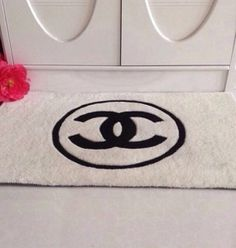 Innovative Carpet Area Rug Fashion Brand Design Mat Living Room Toilet Bathroom