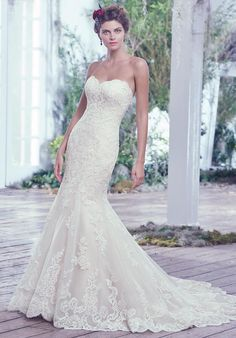 Strapless lace wedding dress | Maggie Sottero Valerie http://knot.ly/649186TKX