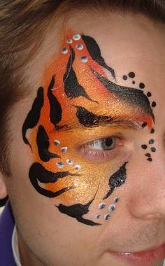 Tiger Eye Face Paint Images & Pictures - Becuo