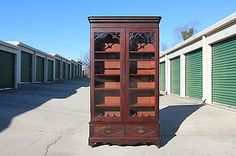 Early-Victorian-Empire-Tall-Orig-Finish-Flame-Mahogany-Gothic-Bookcase-Ca-1850