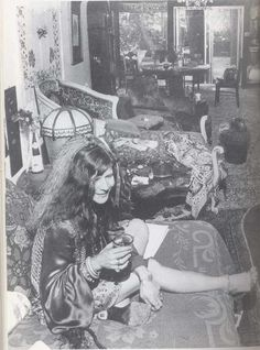 See Janis Joplin pictures, photo shoots, and listen online to the latest music. Janis Joplin, Military Slang, Rock N Roll, Heavy Metal, Rainha Do Rock, Big Brother, Music Icon, Female Singers, Jimi Hendrix