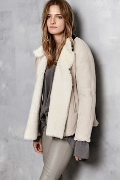 VIVA SHEARLING JACKET, HAYS SANDED SILK TOP, STRETCH LEATHER H.D JEANS