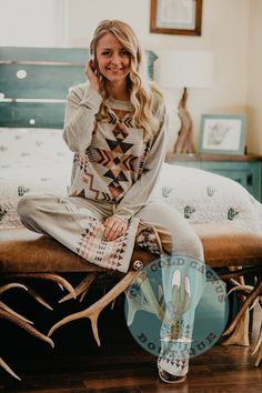 Country Chic Outfits, Aztec Shirt, Cowgirl Tuff, Loungewear Set, Cozy Corner, Drawstring Pants, Workout Tops, Clothing Ideas, Lounge Wear