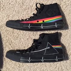 Men's Converse Dark Side Of The Moon Hi Tops Converse Pink Floyd Hi Tops, worn nearly 7-8 times. Converse Shoes Sneakers