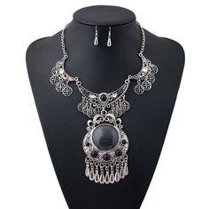 Ell Turkey Necklace Set