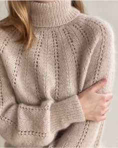 Vogue Knitting, Loom Knitting, Knitting Patterns Free, Thick Sweaters, Knit Picks, Knitwear, Knit Crochet, Outfits, Clothes