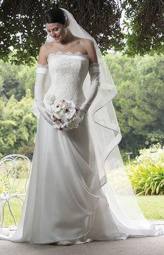Abito da sposa con bustino pizzo  Blog su abiti da sposa Italia