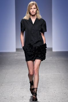 No. 21 Spring 2014 Ready-to-Wear Fashion Show - Marique Schimmel