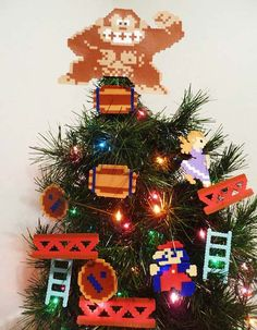 21 awesome christmas video game decorations - Christmas Tree Decoration Games
