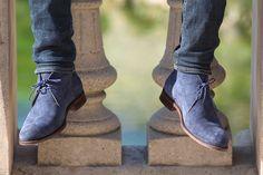 Jules & Jenn - Les Desert Boots cuir daim bleu #fashion #mode #durable #boots #men • www.julesjenn.com