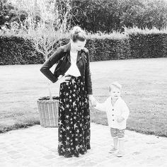 Mommy Griet and her boy! Both looking so lovely  Thanx for sharing @mumoftheworld_  #sweat #shorts #breton #stripes #kids #fashion #mode