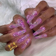 Princess of Space for 🤩🤩. Tag and share with anyone who loves Fall Nail Shade . Dark Purple Nails, Purple Glitter Nails, Acrylic Nails With Glitter, Purple Art, Summer Acrylic Nails, Best Acrylic Nails, Coffin Nails Long, Long Nails, Pink Coffin
