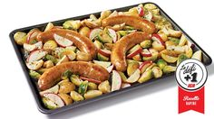 IGA_Saucisses pommes et cheddar sur une plaque - One Sheet Pan Recipe Cheddar, Apple Sausage, Baby Potatoes, Sausage Recipes, Sauce, Kung Pao Chicken, Sheet Pan, Tofu, Sprouts
