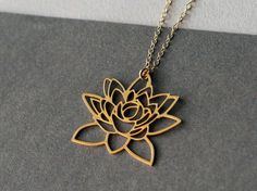 Lotus flower necklace / WildThing