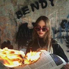 belirt de al ve ⭐'la # De Todo # amreading # books # wattpad Bad Girl Aesthetic, Aesthetic Grunge, Aesthetic Photo, Aesthetic Pictures, Images Instagram, Photo Instagram, Instagram Posts, Grunge Photography, Girl Photography