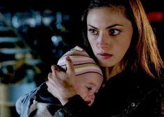 The Originals – TV Série - Hayley Marshall - Phoebe Tonkin - rainha - queen - lobo - Wolf - baby Hope Mikaelson - bebê - amor - love - daughter - filha - mother - mãe - mom - mamãe - moda - style - look - inspiration - inspiração - fashion - 2x21 - Fire With Fire - Fogo Com Fogo