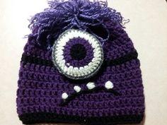 Evil minion crotchet hat!!