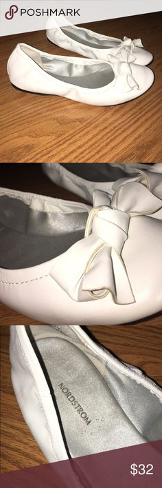 White flats White Nordstrom fancy flats with little bows. Worn once Nordstrom Shoes Flats & Loafers