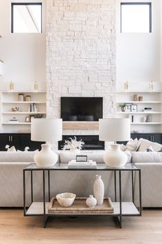 The Spring Edit: 8 Decor Trends To Refresh Your Spaces - BECKI OWENS Home Living Room, Living Room Designs, Living Room Decor, Living Spaces, Small Living, Living Room Fireplace, Fireplace Doors, Kitchen Living, Modern Living