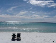 Henderson Park Inn: White sands of the Gulf. Looks perfect
