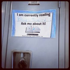 Currently reading locker tags- great to put on lockers and share what kids are reading! I might teach PE but the book nerd in me loves this! Primary Teaching, Teaching Time, Teaching Reading, Library Inspiration, Library Ideas, Read A Thon, Reading Display, Reading Bulletin Boards, 6th Grade Reading