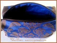 https://www.etsy.com/it/listing/190329134/trousse-cosmetic-bag-botiquin?