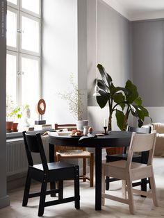 ikea NORRÅKER chairs and bjursta table Kitchen Table Bench, Small Kitchen Tables, Ikea Table, Ikea Chair, Ikea Living Room Chairs, Dining Chairs, Dining Table, Ikea Inspiration, Ikea Decor