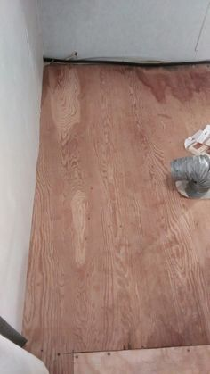RV floor to be covered