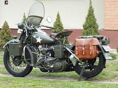 Kétkerekű felszabadító - Harley-Davidson WLA (1942)-veteránteszt