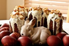 pascha--I love this cake surrounded by red eggs--maybe not the bunny