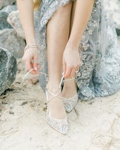 Magical shoes for a magical looking bride!  Thanks for sharing your creativity Bella Belle Shoes ⚡️