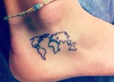 15 Cute and Meaningful Tiny Tattoos for Women