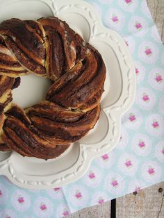 nutella and clementine sweet bread roll