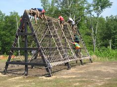 Cargo Climb —Gladiator Assault Challenge