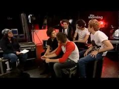 One Direction interview on This Morning - 31.01.13. this was actually a GOOD interveiw. and OMG HARRY WEARING HIS SISTERS TIGHTS WHEN HE WAS YOUNGER LIKE SERIOSLY.