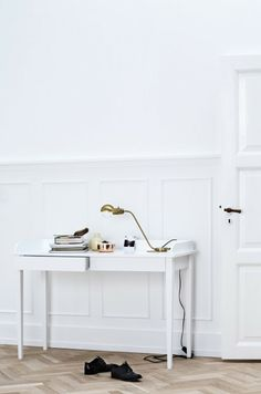 Line Thit Klein for Oliver furniture - via Coco Lapine Design #office #homedecor #interiordesign