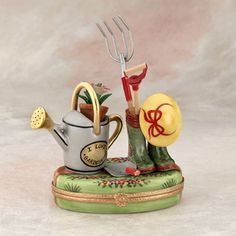 Limoges garden tools with hat box