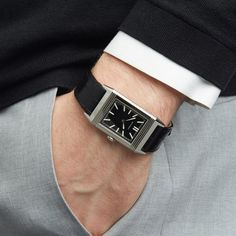 Dit is een tweedehands Jaeger-LeCoultre Grand Reverso Ultra thin tribute to 1931 Mannen By case size in Stainless Steelmet Black Ba. Cool Watches, Watches For Men, Jaeger Lecoultre Reverso, Expensive Watches, Automatic Watch, Vintage Watches, Luxury Watches, Fashion Watches, Rolex