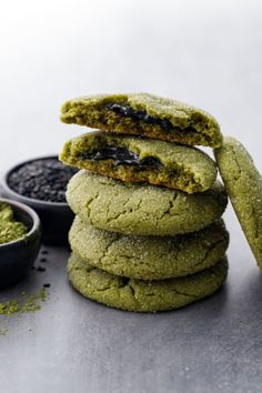 Ultra soft matcha infused sugar cookies with an unexpected surprise inside: a pocket of sweetened black sesame paste for a savory richness that you'll absolutely adore. The black sesame proves to Cookies Et Biscuits, Sugar Cookies, Tea Cookies, Sesame Cookies, Holiday Cookies, Black Sesame Paste, Matcha Cookies, Soften Cream Cheese, Amai