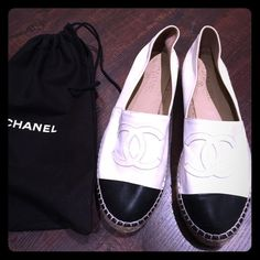 🆕'15 Chanel Espadrilles CHANEL• size 40• 2015 Espadrilles, purchased in the spring/summer of last year, worn these under 10 times maybe even under 5 times... Very little wear• I have the box, the bag and the receipt if needed...❤️💁🏼 CHANEL Shoes Espadrilles