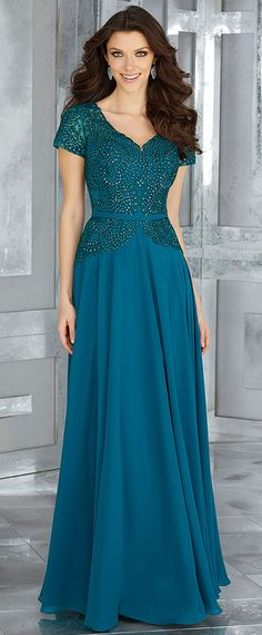 Outstanding Tulle & Chiffon V-neck Neckline A-line Mother Of Bride Dresses With Beaded Lace Appliques & Sash