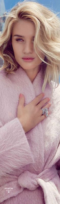 Rosie Huntington Whiteley for Harper's Bazaar UK by Alexi Lubomirski   LOLO❤︎
