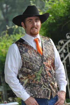 Men's Vest shown in Mossy Oak